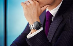 Orange lansează în exclusivitate în România ceasurile Vector