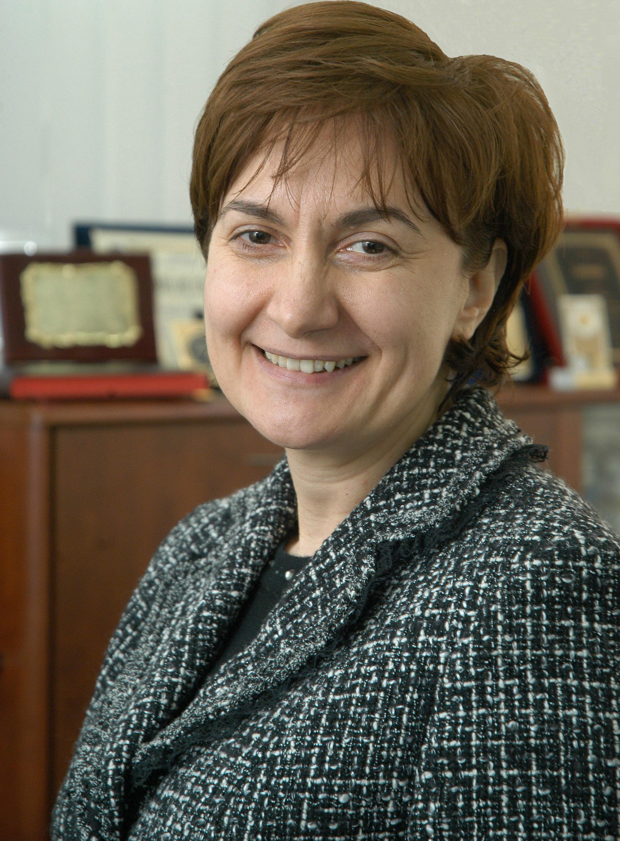 Irina Socol donează acțiunile SIVECO