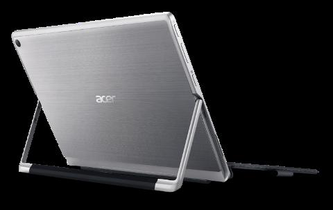 Acer a lansat Switch Alpha 12, primul 2 in 1 cu racire lichida