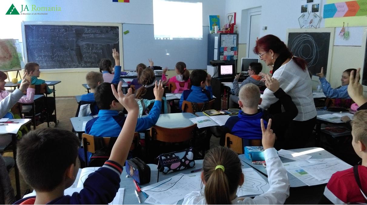 Elevi din patru judete au urmat programul de educatie rutiera