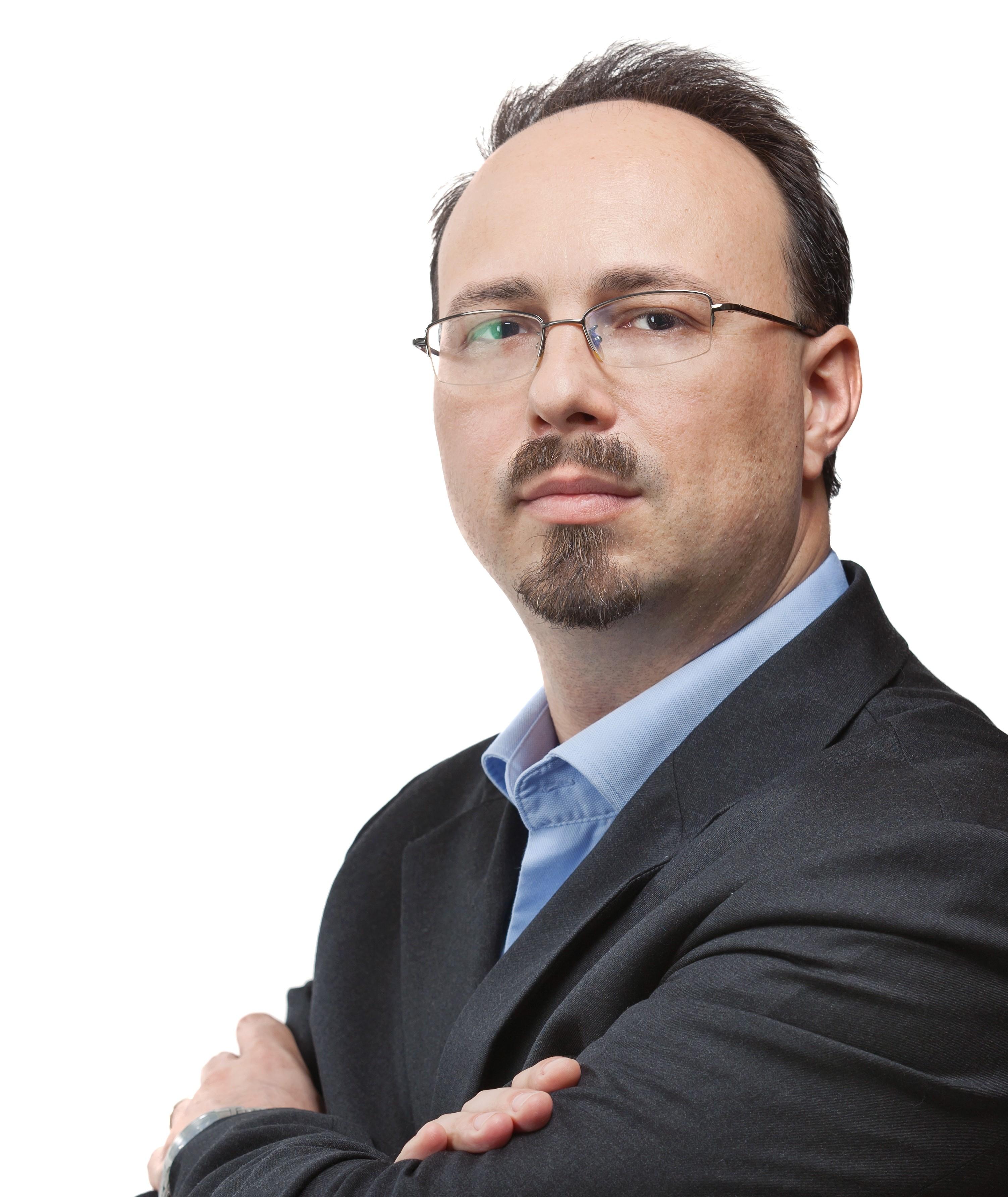 """Bogdan Pelinescu, Managing Director Luxoft România: ,, Avem planuri clare  pentru anul curent în zonele energie, utilități și aviație""""."""