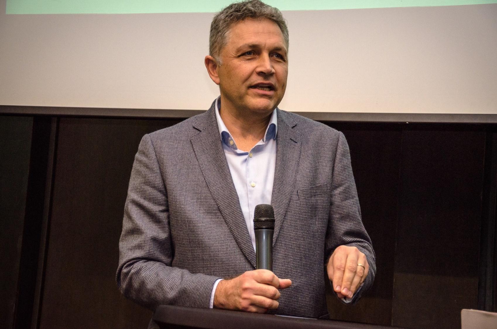 Schneider Electric prezenta la IEAS 2016