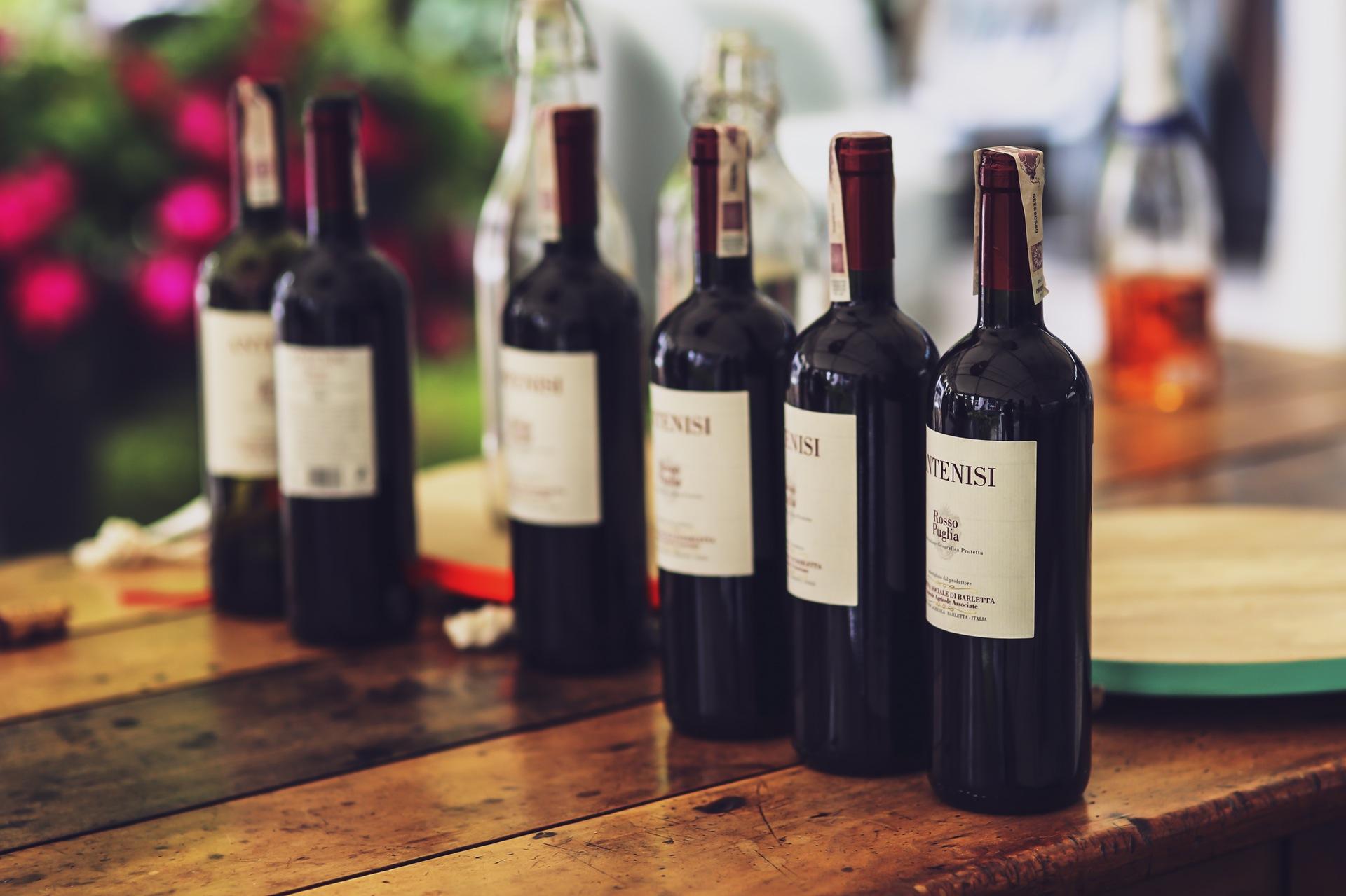 Transportul vinurilor din Europa oriunde in lume
