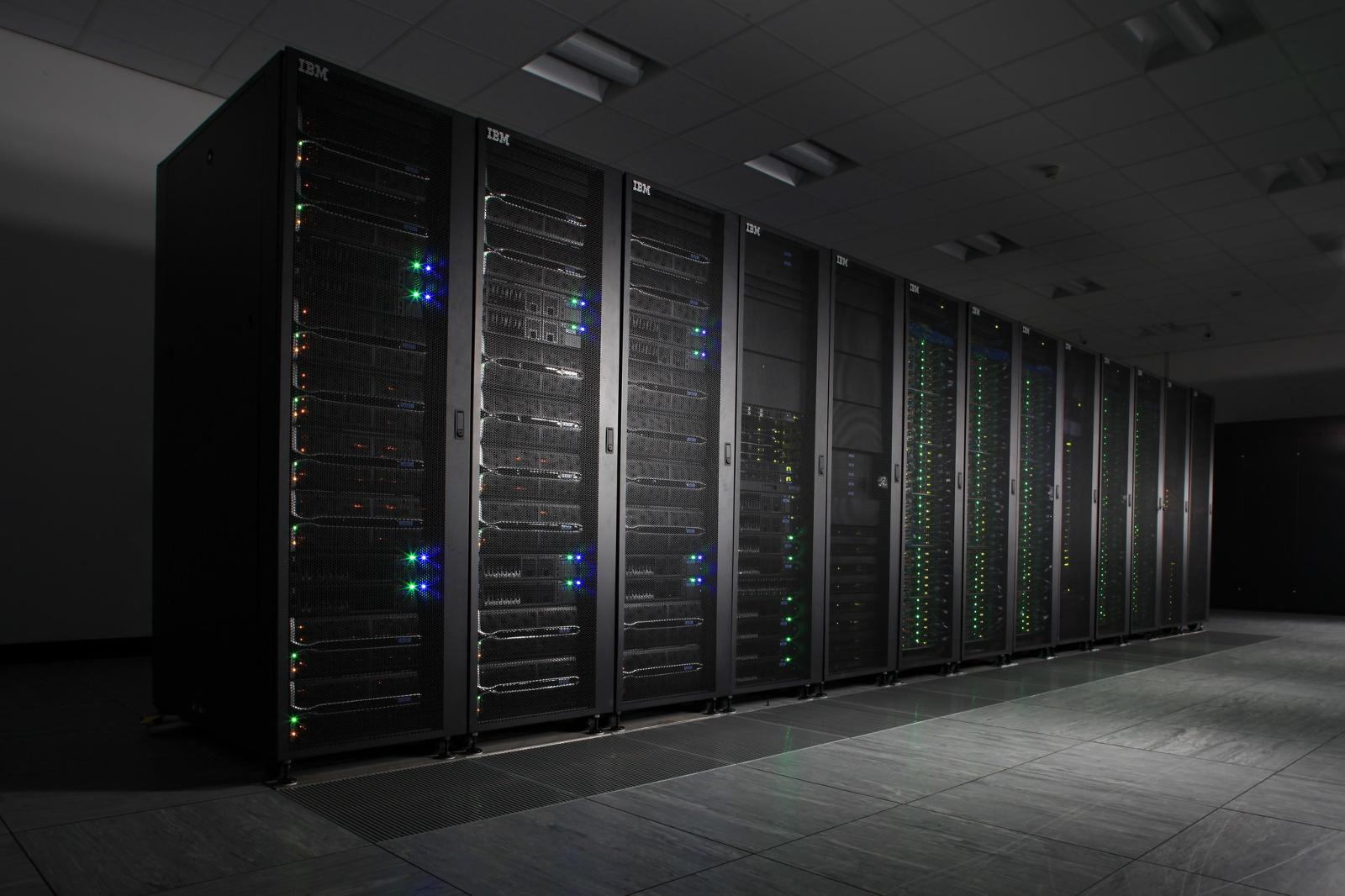 IBM își triplează numărul de centre cloud din UK