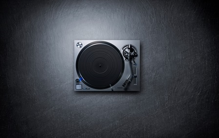 panasonic-direct_drive_turntable_system_sl_1200gr_1-copy