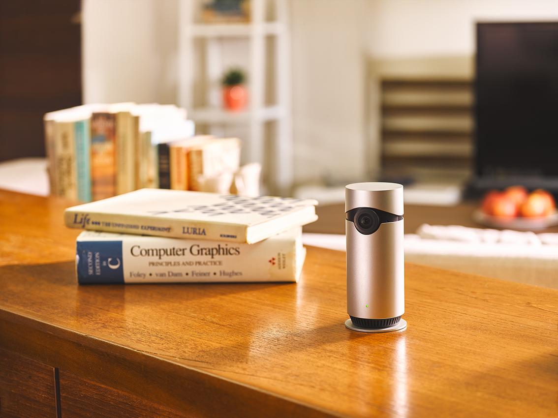 Camera D-Link HD Omna™ 180, compatibilă cu Apple Homekit, este disponibilă spre vânzare