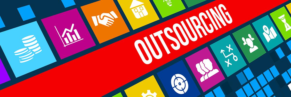 Contractele de cloud reprezintă o parte importantă din contractele de outsourcing din 2016