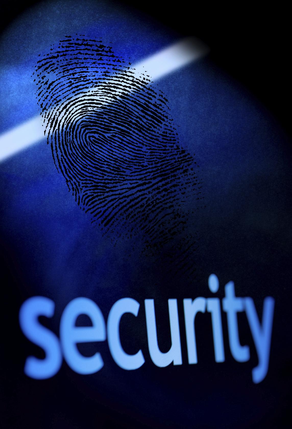 Datele biometrice, între avantajele tehnologiei și preocupările  pentru securitatea persoanei