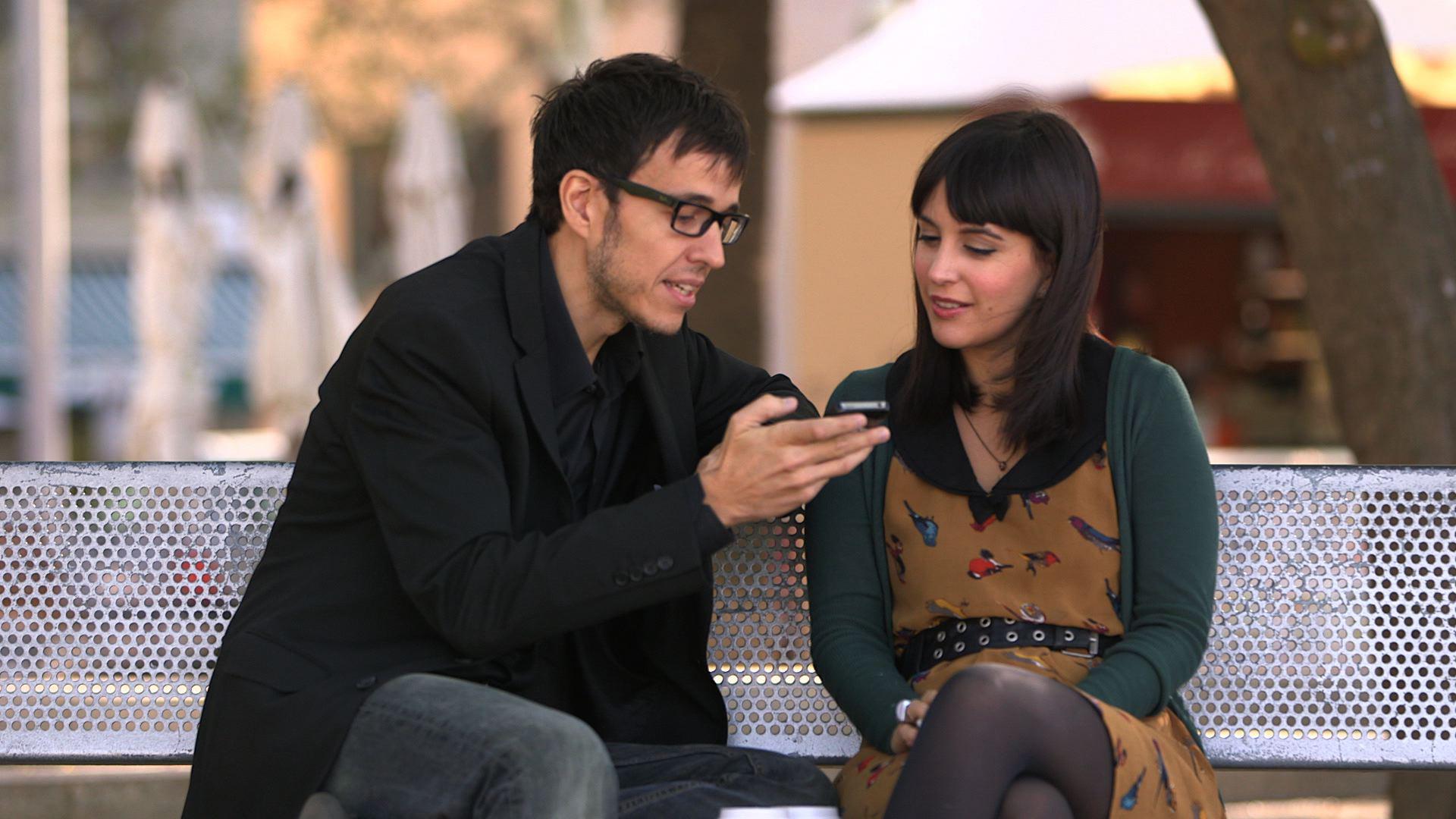 Căutările pe mobil le-au depășit pe cele de pe desktop