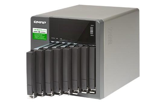 QNAP lansează serverul TVS-882ST3 cu Thunderbolt 3 și opt sertare de 2,5″