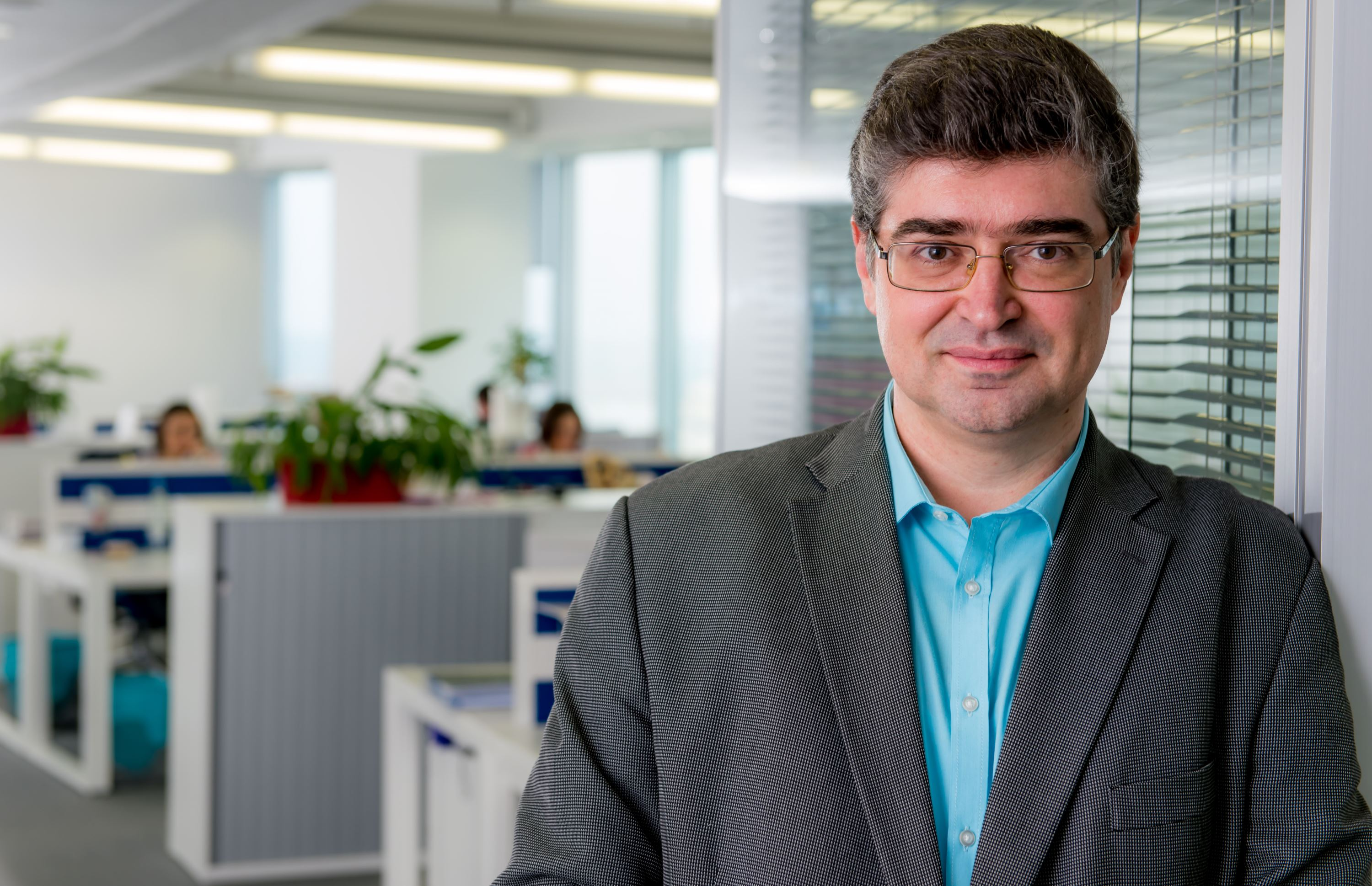 Robert Komartin, - Regional Manager, Romania & Hungary, General Manager, Amadeus Romania