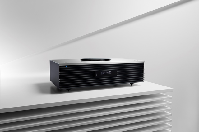 Technics SC-C70, un nou sistem stereo compact cu o calitate incredibilă a sunetului și un design uluitor