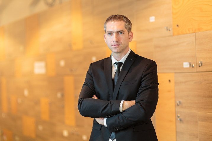 Sandu_Babasan_CEO Blugento