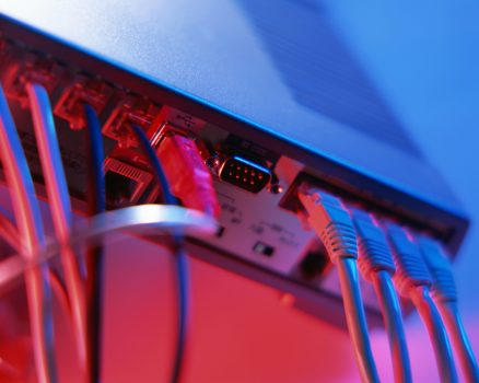 Școli cu acces la internet wireless