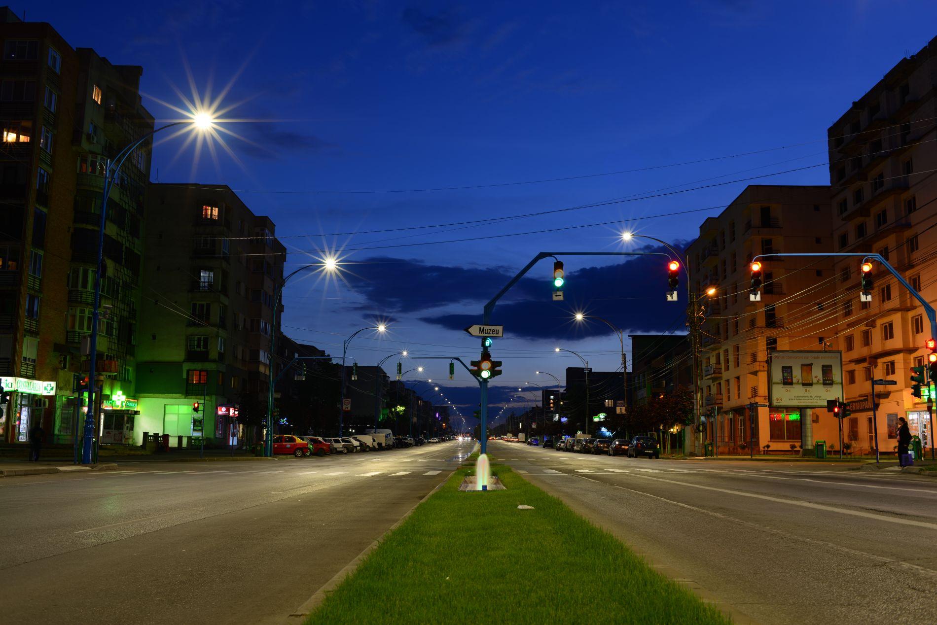 Iluminatul stradal inteligent cu LED