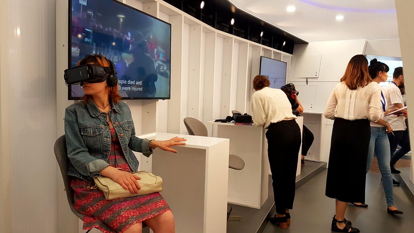 Tehnologii de realitate virtuală în cadrul #EUSavesLives la Plaza România