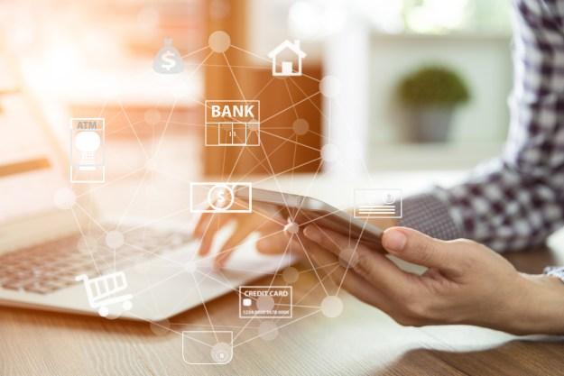 Băncile și firmele de servicii financiare utilizează AI pentru a înțelege mai bine clienții
