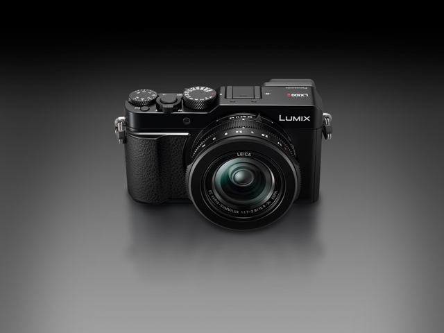 Noua cameră Panasonic Lumix LX100 II