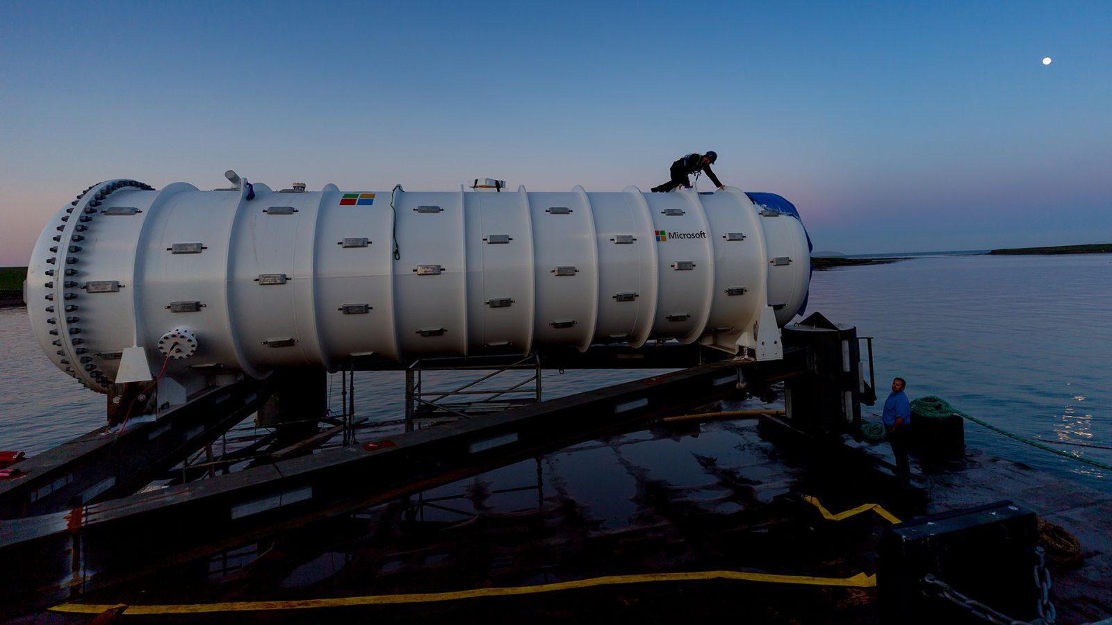 Tehnologiile submarinelor utilizate pentru a realiza centre de date oceanice pentru cloud și big data