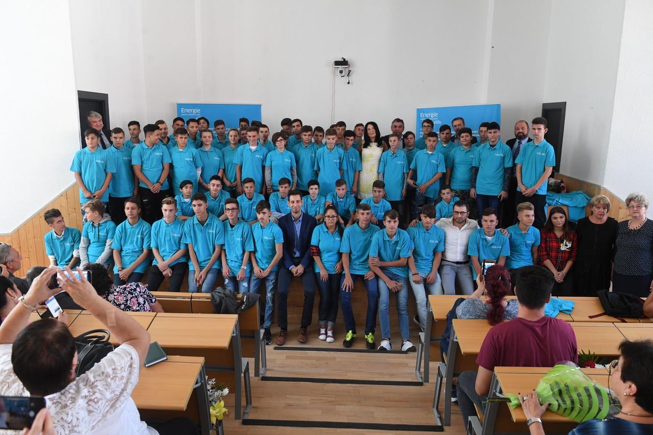 Început de drum pentru cei 60 de elevi admişi în clasele de instalatori din sistemul de învățământ profesional dual