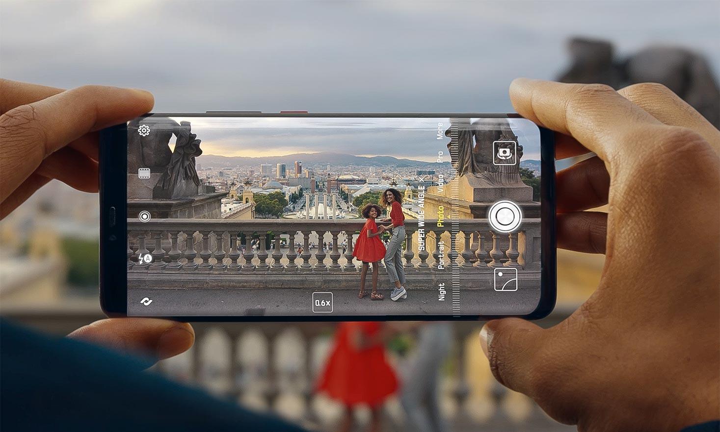 Huawei a lansat cel mai puternic smartphone