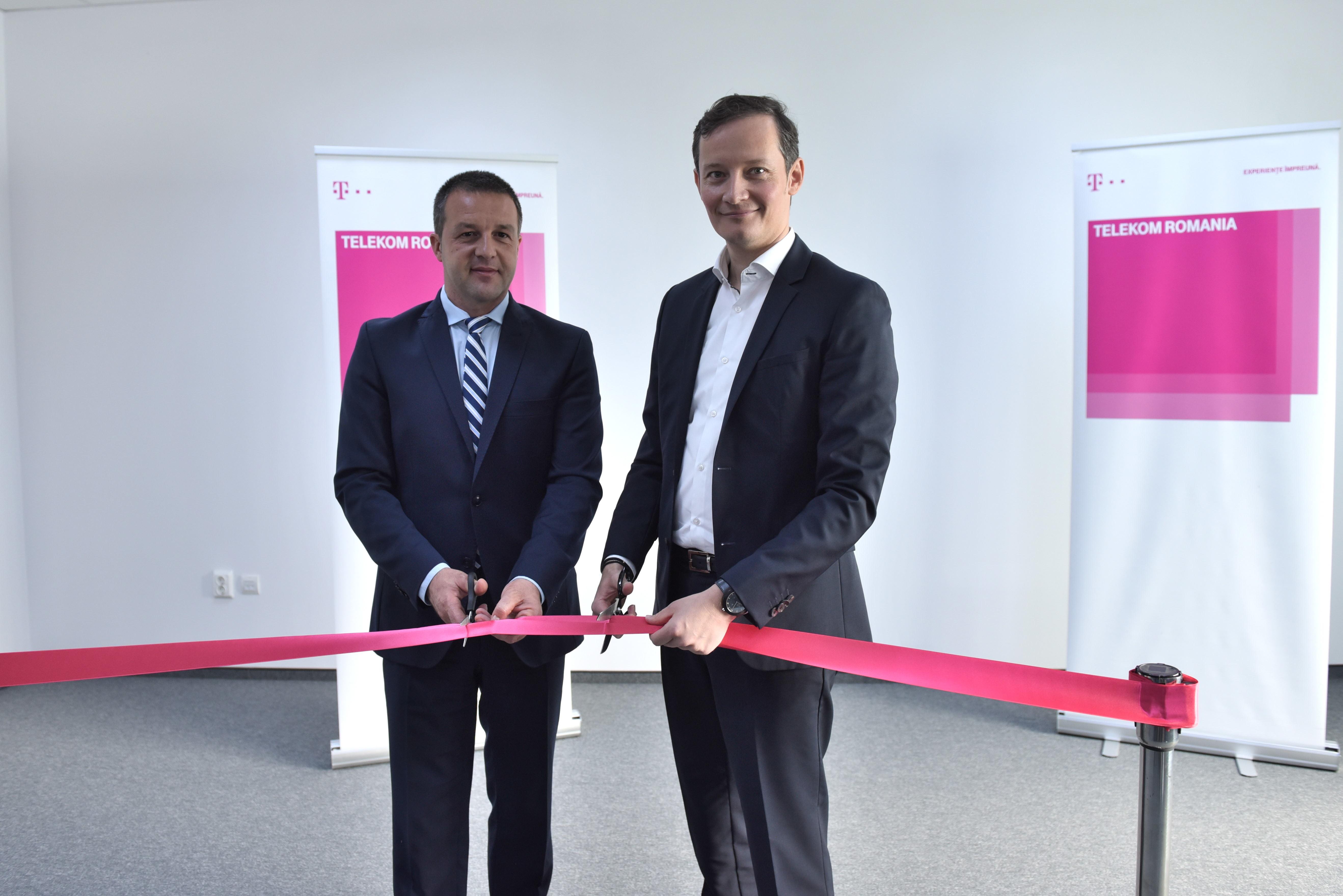 inaugurare centru Telekom Braila 3