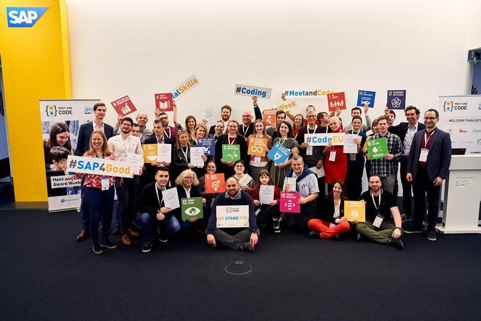 România câștigă premiul I la categoria Kick and Code în cadrul Competiției internaționale Meet and Code 2018