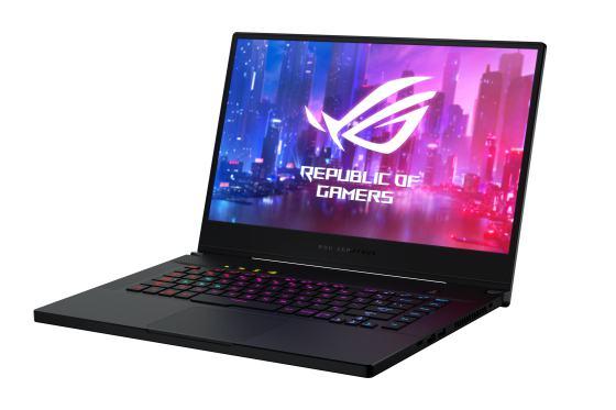 ASUS a lansat noile laptopuri de gaming la RE:DEFINE 2019 în Istanbul
