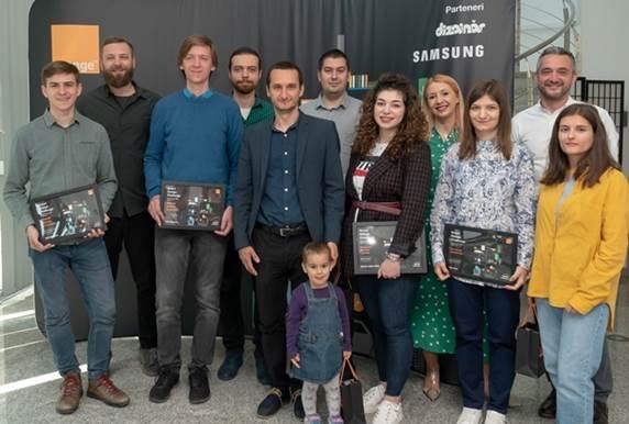Orange anunţă câştigătorii celei de-a doua ediţii Smart Design Challenge, competiţia care încurajează integrarea tehnologiei în designul de produs