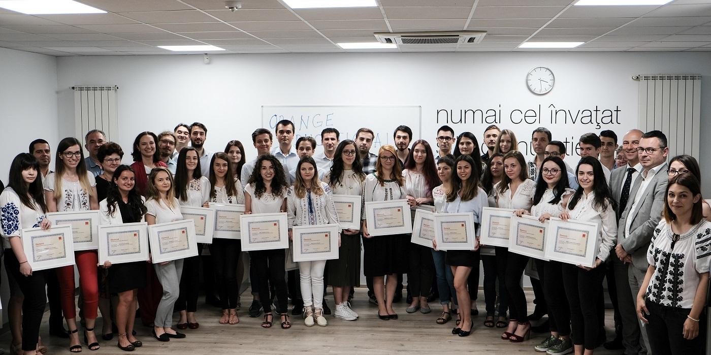 Noua generaţie de specialişti în telecomunicații premiată în cadrul Orange Educational Program