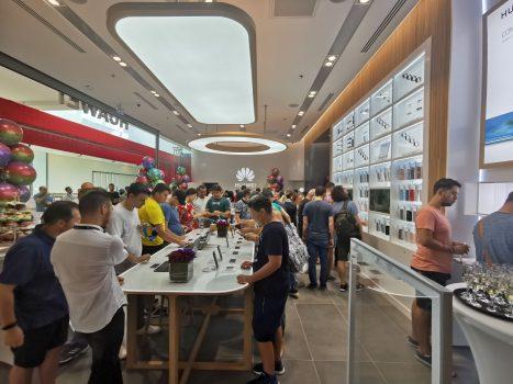 Huawei Experience Store inaugurat în Băneasa Shopping City