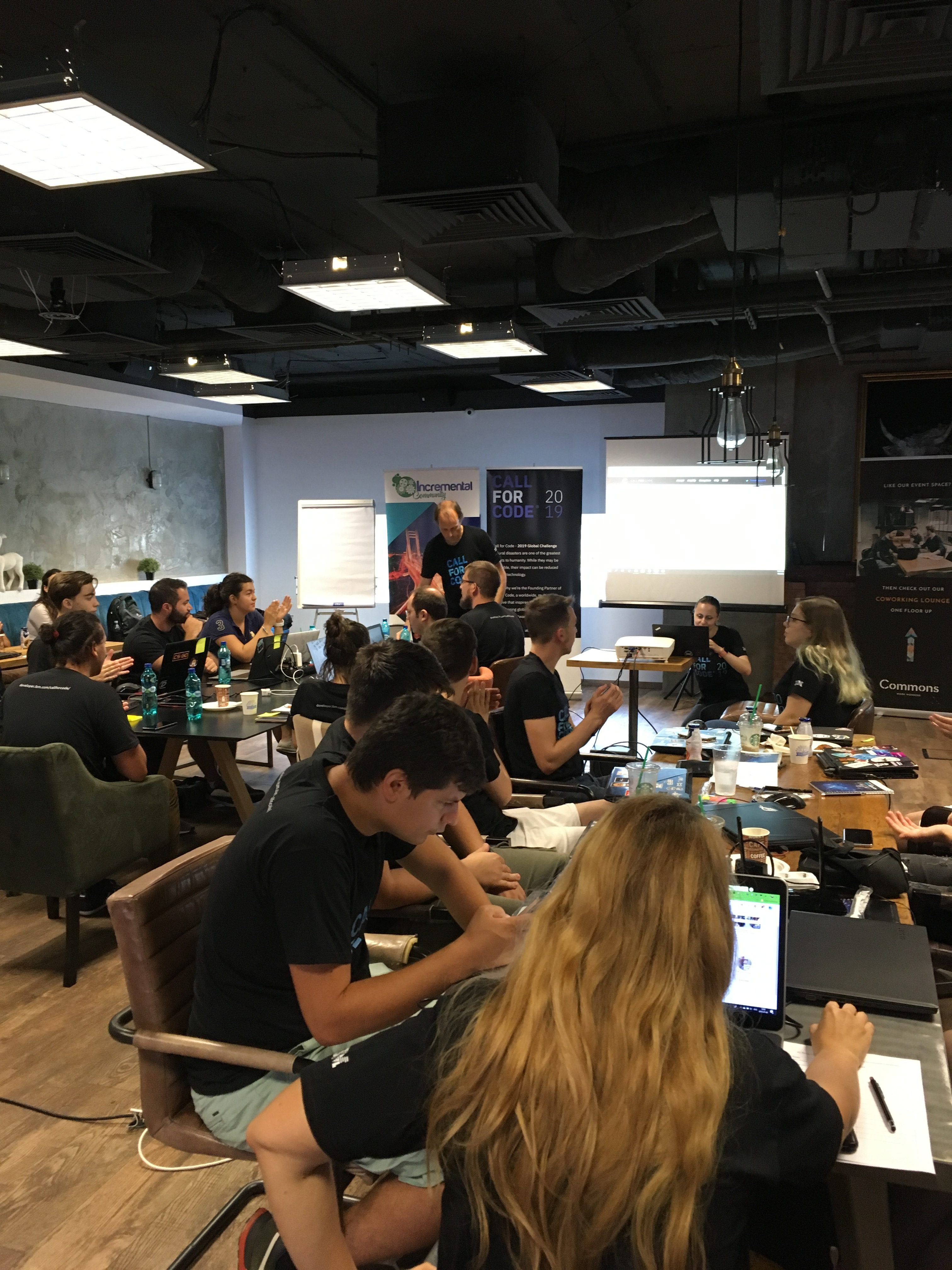 IBM România a găzduit hackathon-ul Call for Code, parte a inițiativei globale Call for Code 2019