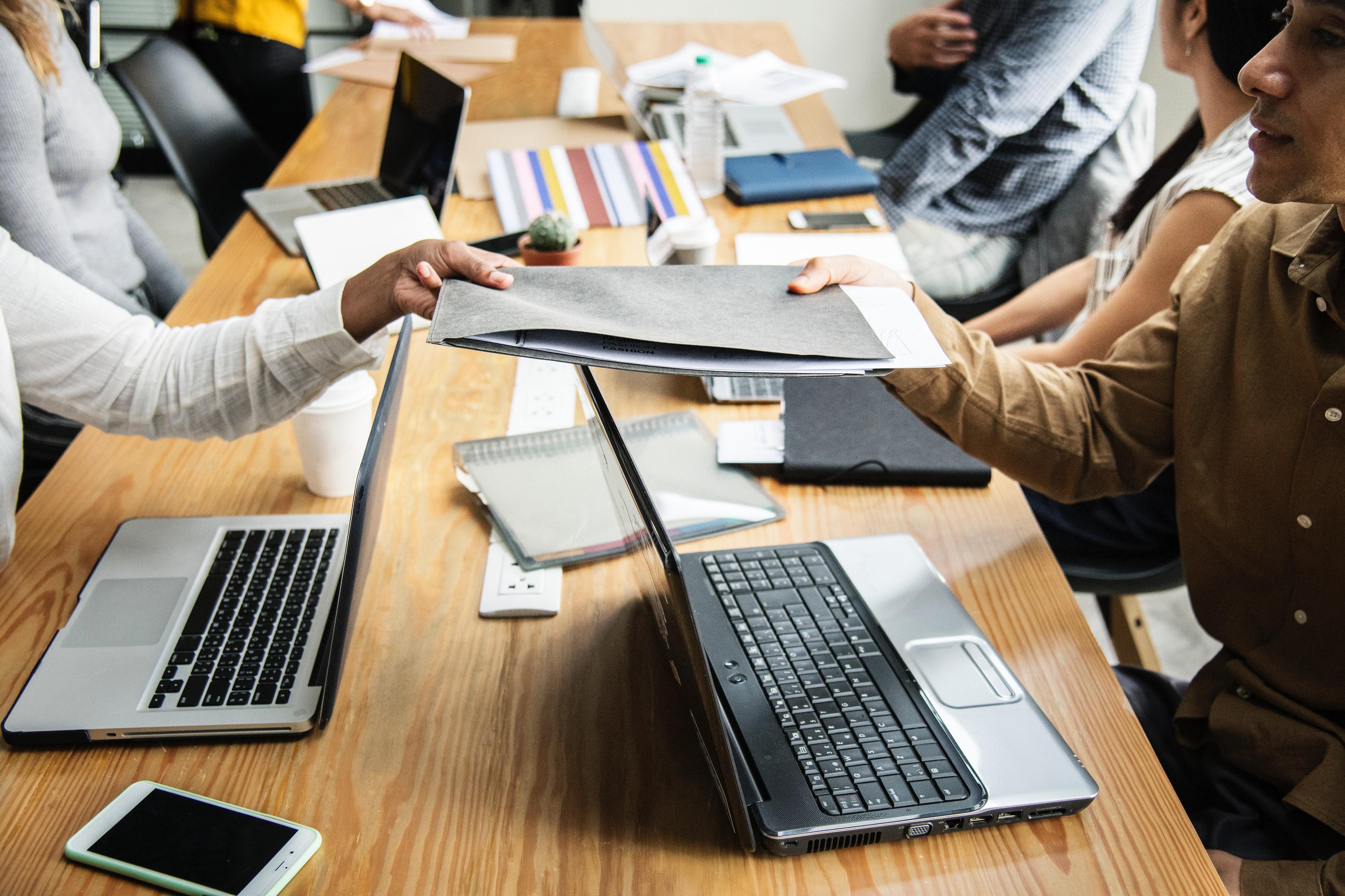 Companiile se lovesc de provocarea etică a personalului din IT