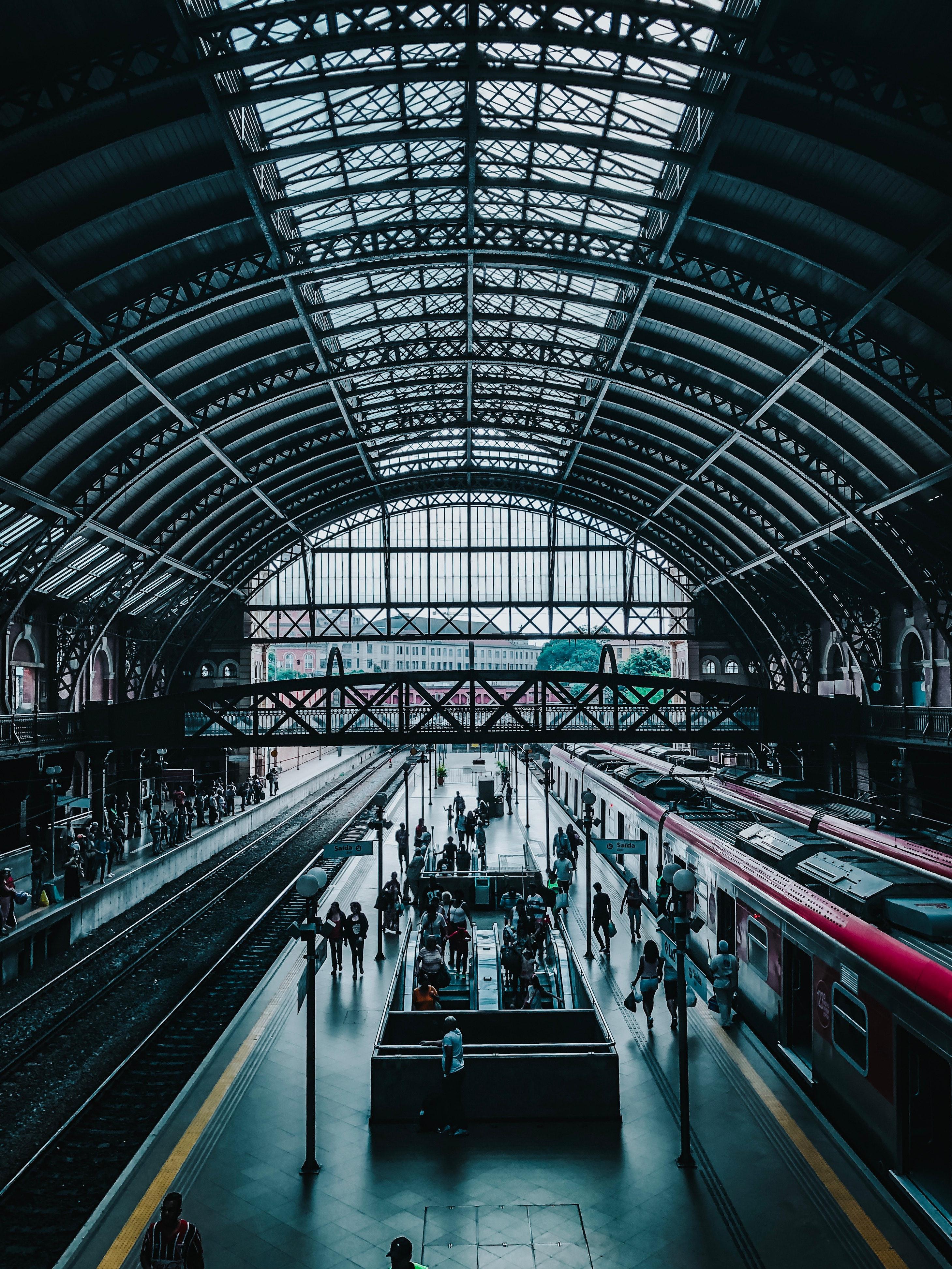 Utilizarea Industrial IoT pentru performanța întreținerii feroviare predictive