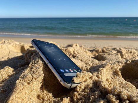Cat Phones S52, un smartphone rugged potrivit pentru orice utilizator
