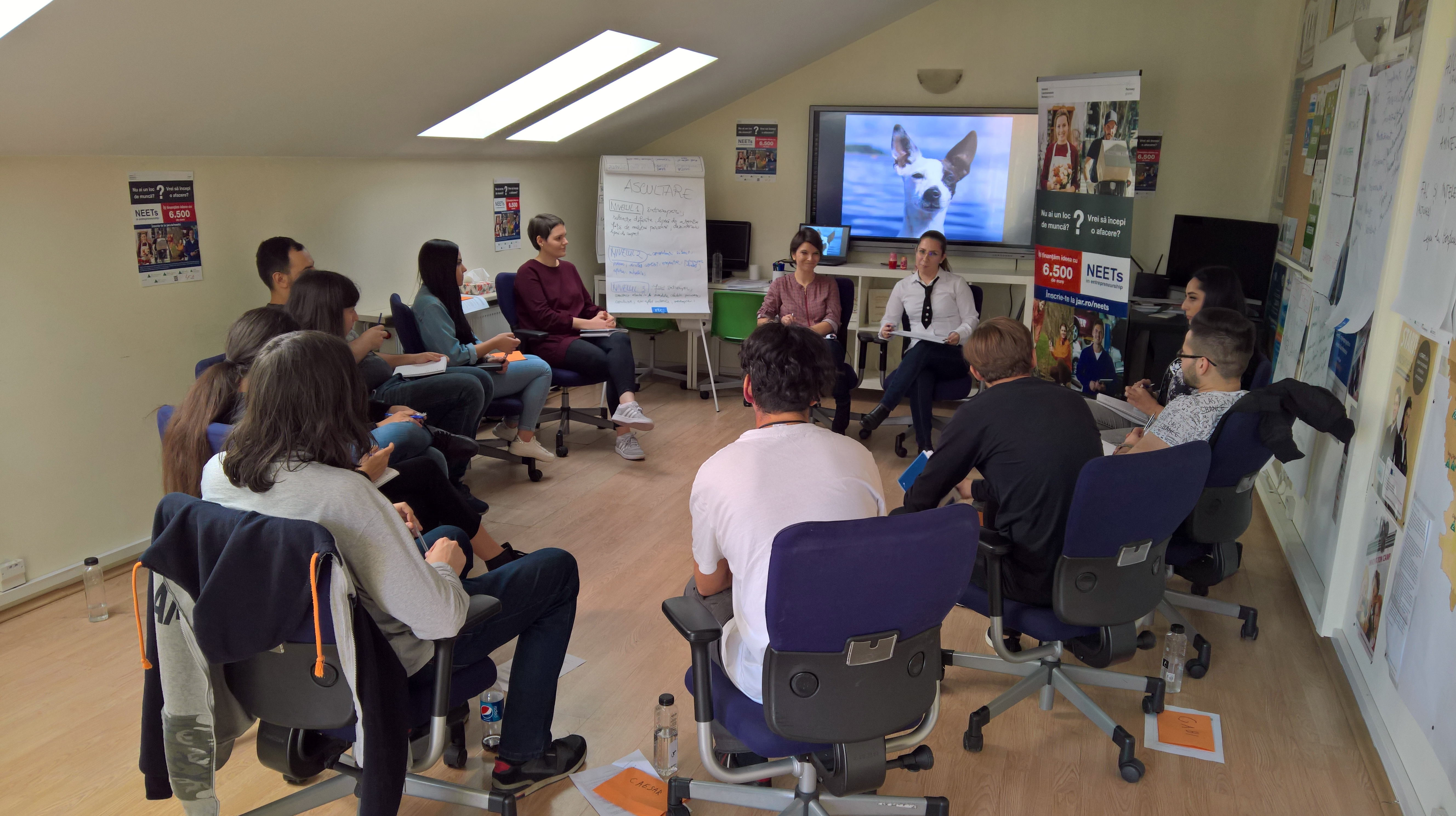 Junior Achievement România a dat startul trainingurilor NEETs in Entrepreneurship