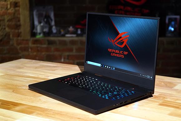 Zephyrus S GX502, laptopul preferat de dezvoltatorii de jocuri la DEV.PLAY 2019