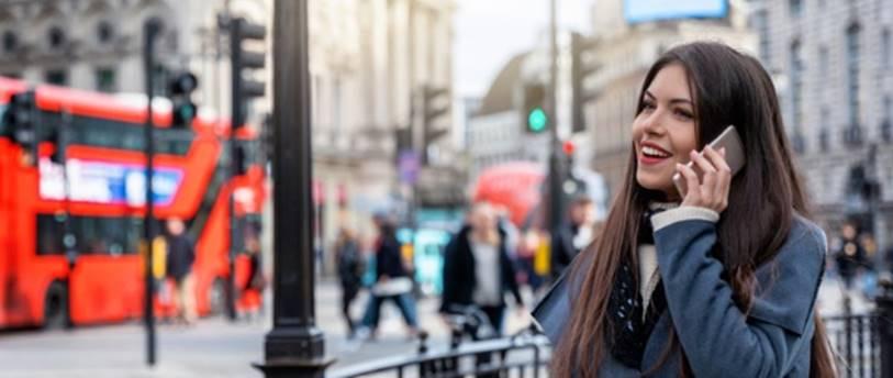 Reglementărilor europene privind apelurile și SMS-urile continuă să se aplice în Marea Britanie