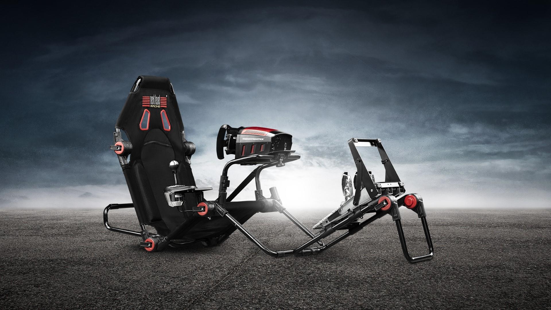 Next Level Racing® lansează revoluționarul cockpit F-GT Lite