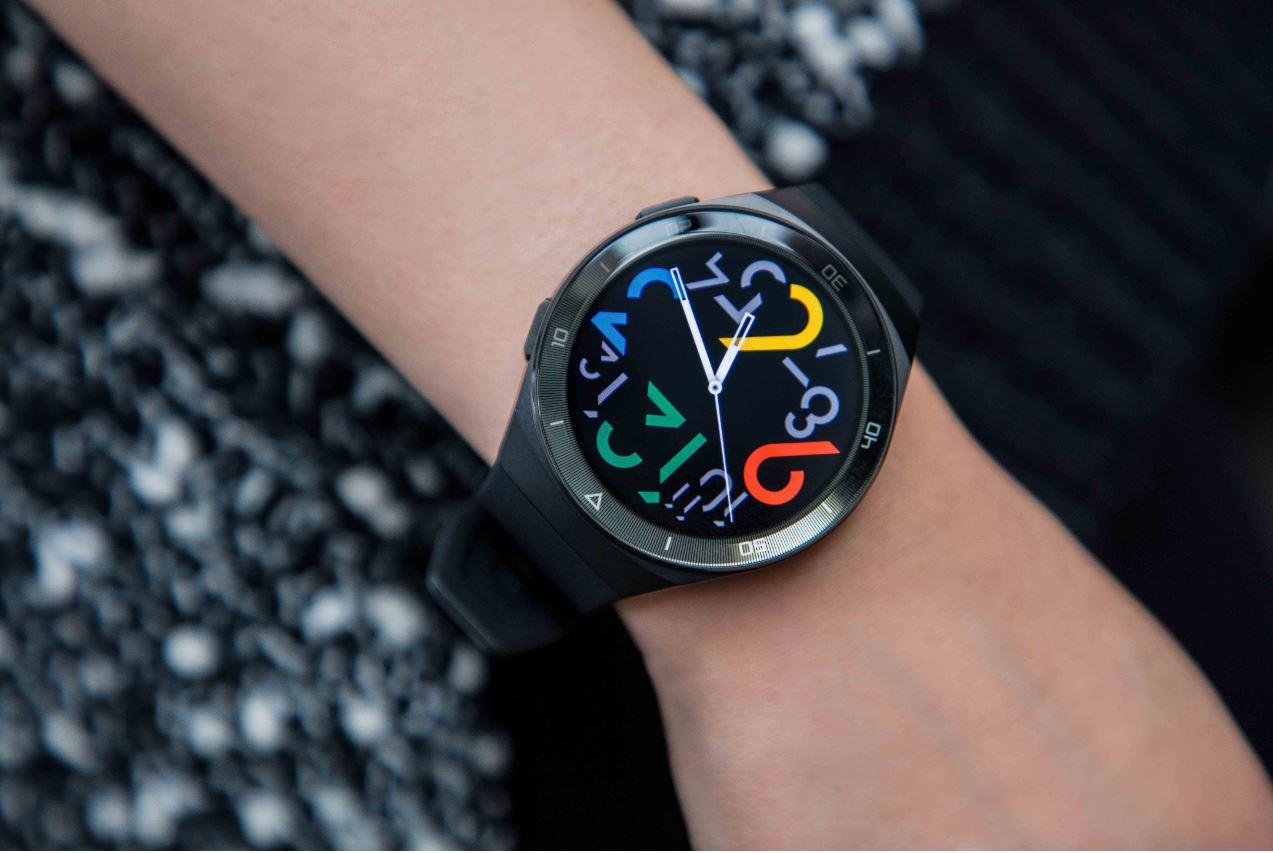 Ofertă specială la Huawei Watch GT 2e la achiziționarea unui Huawei P40 sau Huawei P40 Pro