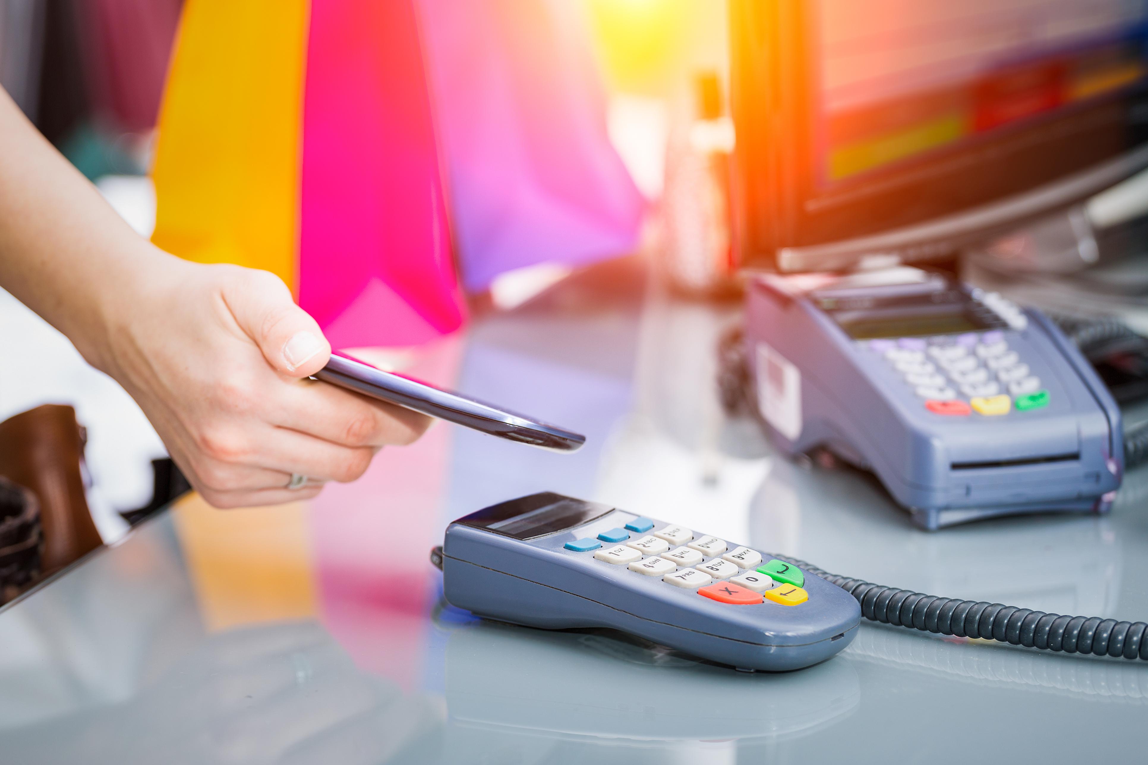 Tehnologia NFC transformă zona de retail