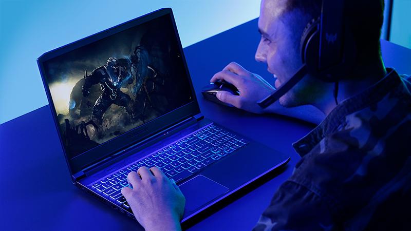 Noile notebook-uri de gaming Acer Predator Helios, Predator Triton si Nitro