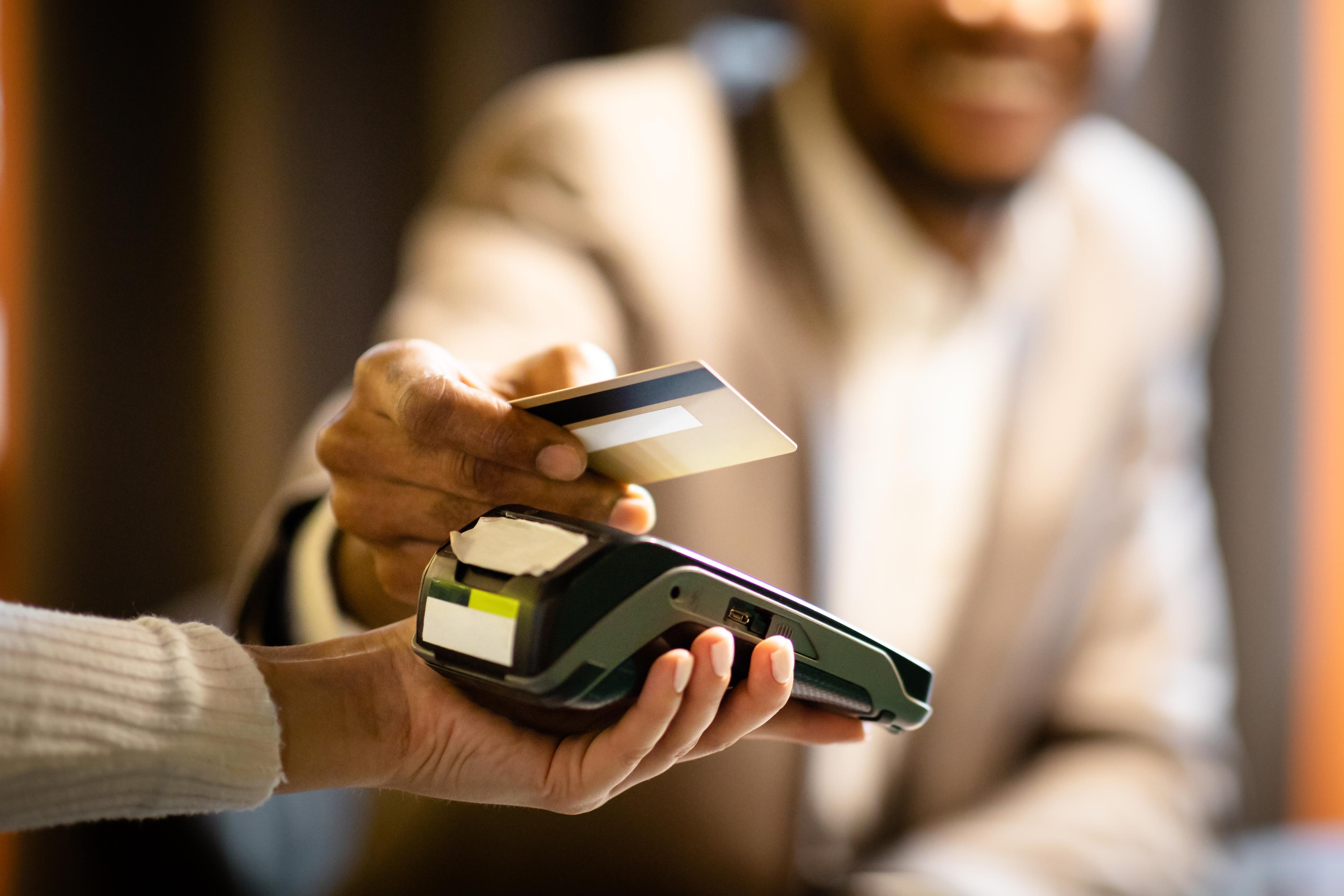 Pregătire pentru explozia plăţilor digitale