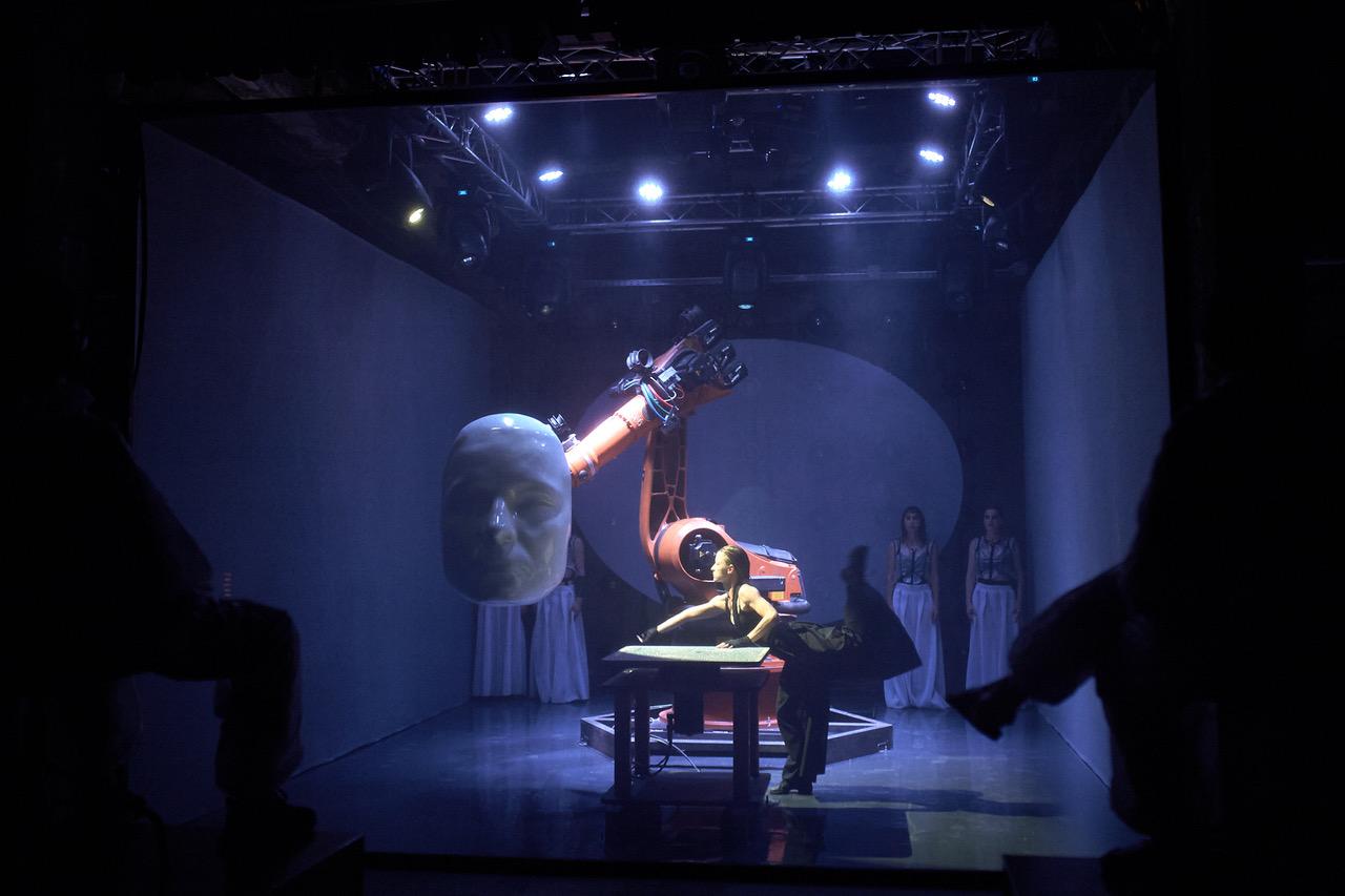 Teatrul și inteligența artificială