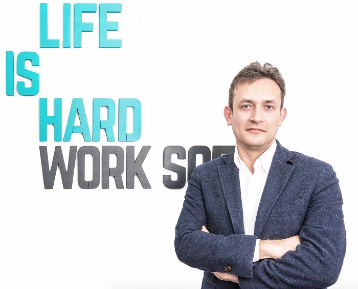 LIFE IS HARD, furnizor în primul proiect de  digitalizare a unui județ din România