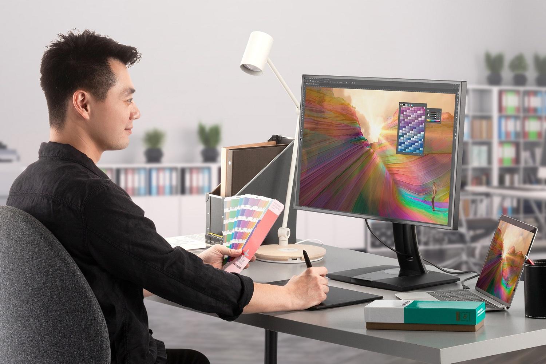 ViewSonic a lansat monitoarele ColorPro VP68a, validate Pantone