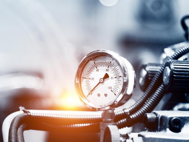 ELKO_Axis_industrial_pipes_dial_valve_pressure_gauge_2008_2600x1950