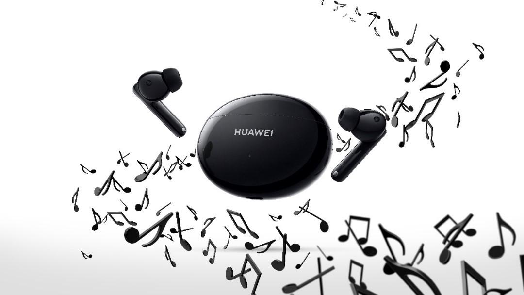 HUAWEI FreeBuds 4i, noile căști echipate cu funcția de anulare activă a zgomotului și o baterie puternică ce permite 10 ore de redare continuă