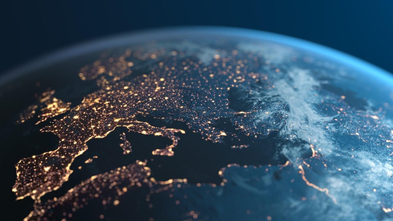 Microsoft răspunde apelului Europei: datele generate în UE vor fi stocate și prelucrate tot în UE