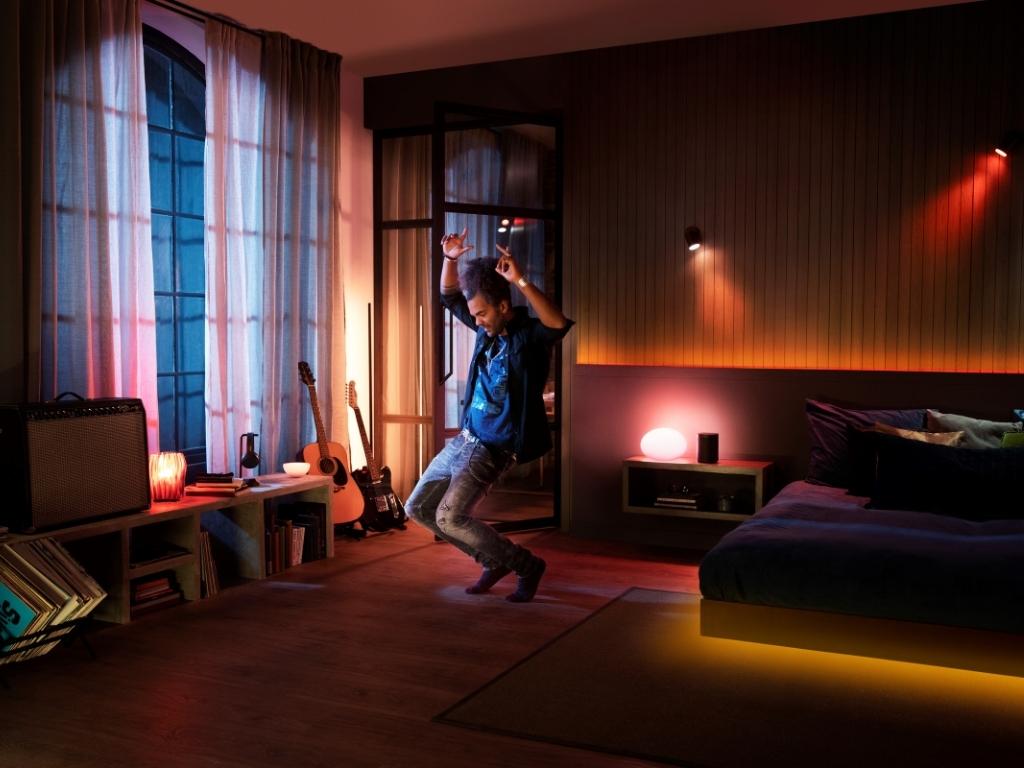 Philips Hue + Spotify: simte muzica cu prima integrare totală a iluminatului și a muzicii